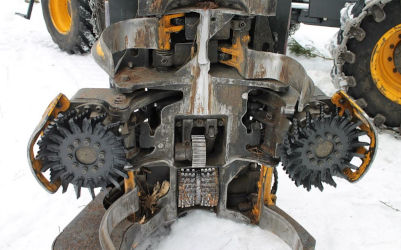 v-tec feed wheels in harvester head